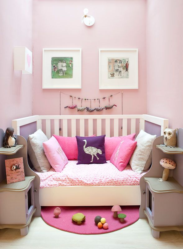 Love this modern daybed tucked into tiny room. Liberty fabric ...