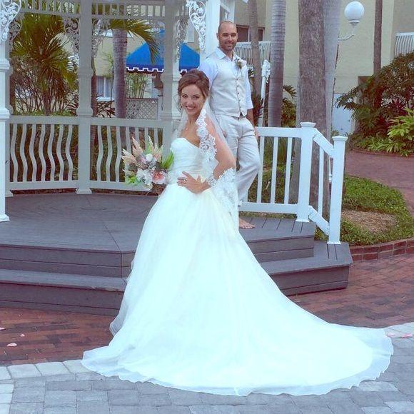 DESIGNER VERA WANG WEDDING DRESS for @sneicey320 | Vera wang dress ...