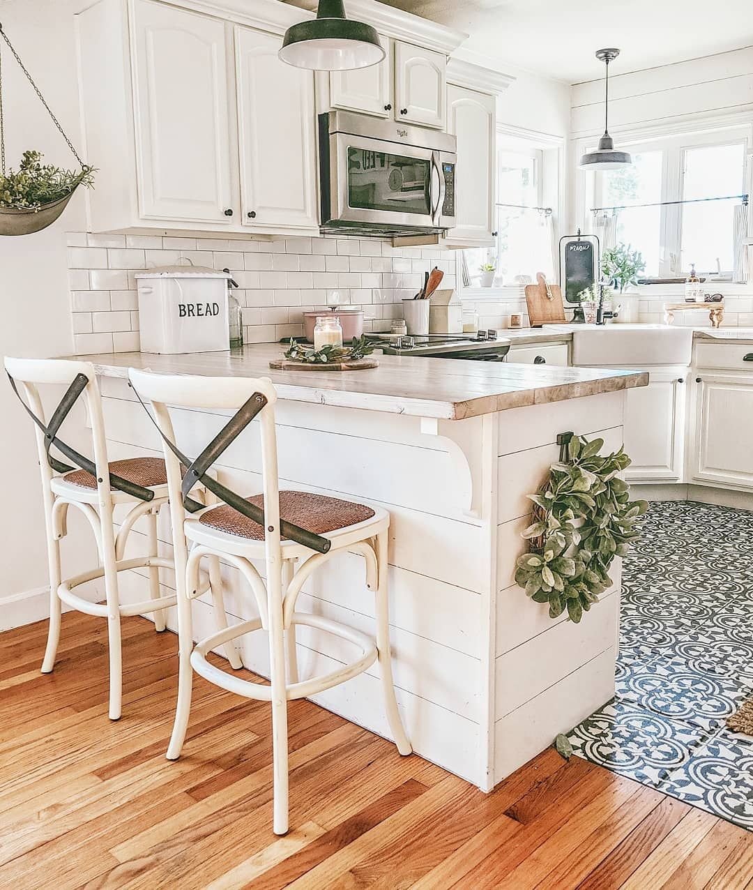 Erica Home Diy Motherhood On Instagram Hi Friends Good Morning After Track And Fi Kitchen Remodel Small Rustic Farmhouse Kitchen Farmhouse Kitchen Decor