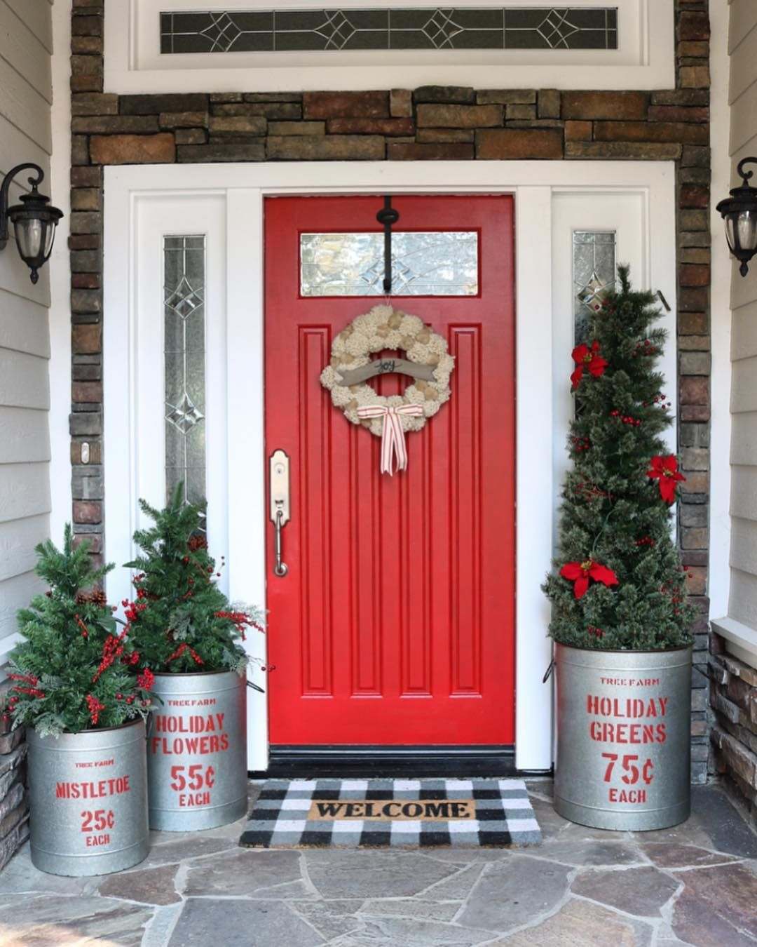 Win Sisters On Instagra Front Porch Christmas Decor Front Door Christmas Decorations Front Porch Decorating