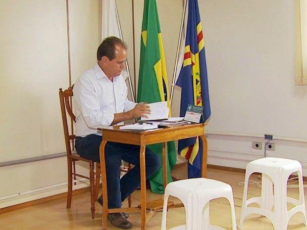 Folha do Sul - Blog do Paulão no ar desde 15/4/2012: A mamadeira continua, sala de vice é esvaziada em ...