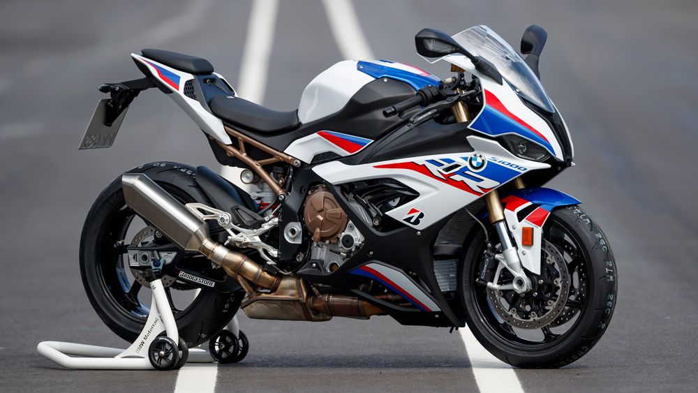First Ride The 2020 Bmw S 1000 Rr M Sport Stunned Us On The Track