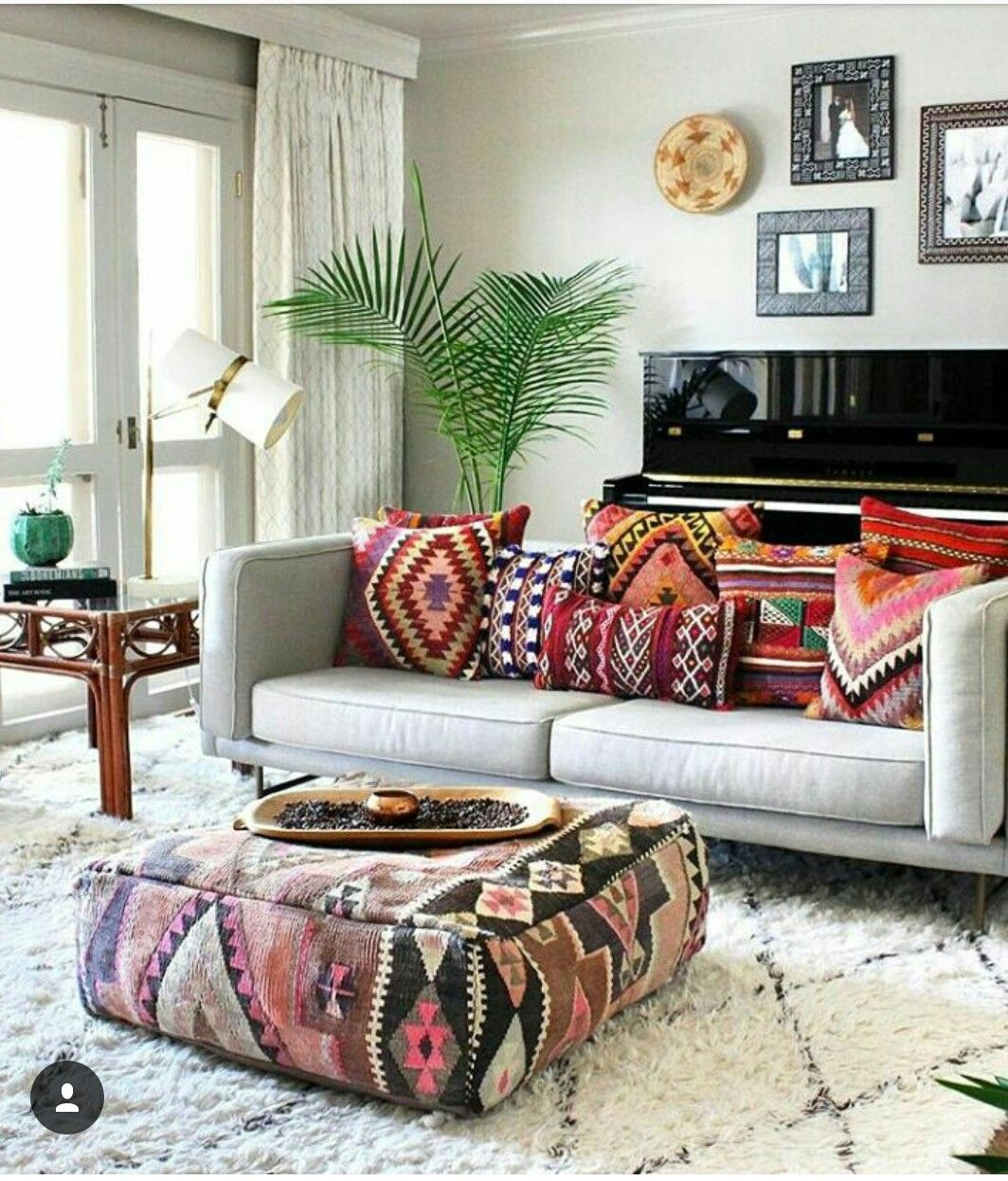 Beautiful Neutral Living Room With Bright, Geometrically Inspired Cushions.  💙💚💛💜