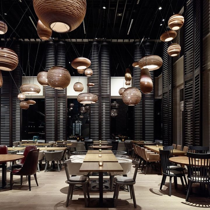 Motel One campus restaurant by Ippolito Fleitz Group ...