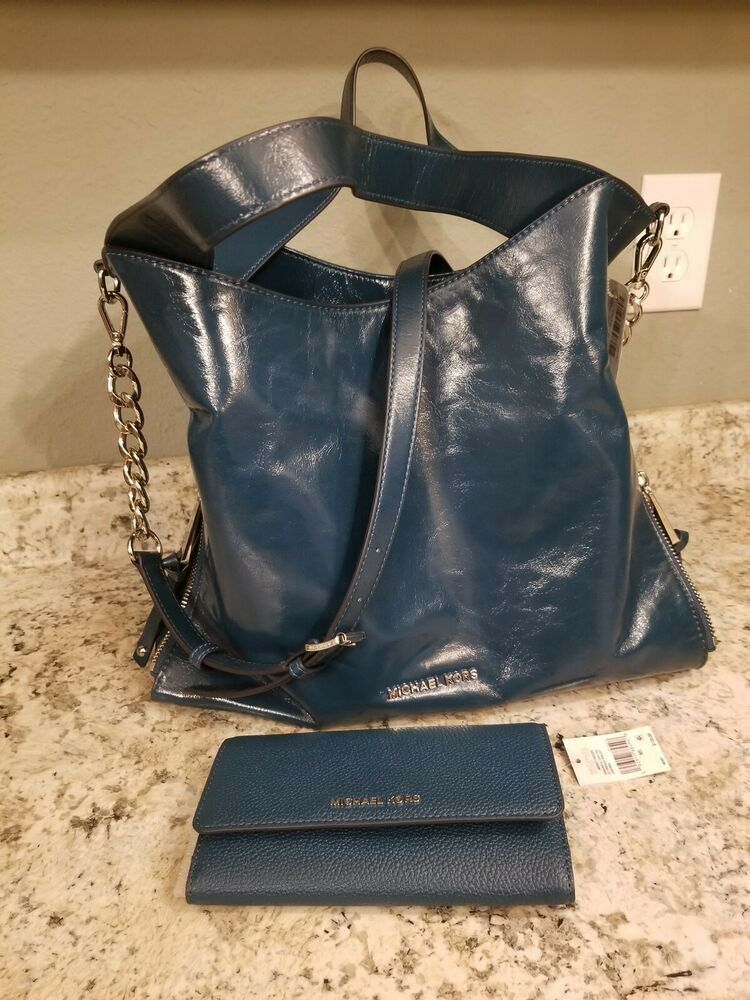 67227d66e2 New NWT Michael Kors Devon Large Shoulder Tote Shiny Crinkle Leather Luxe  Teal