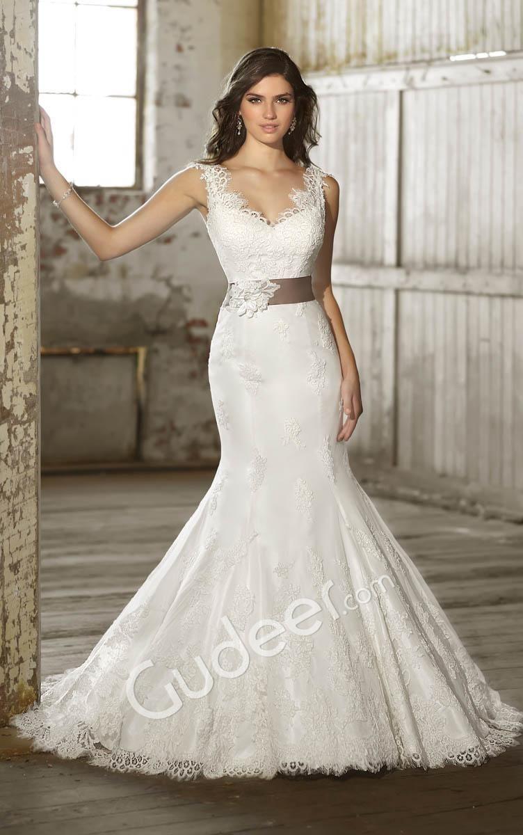 Lace applique sleeveless scalloped v neck mermaid wedding dress