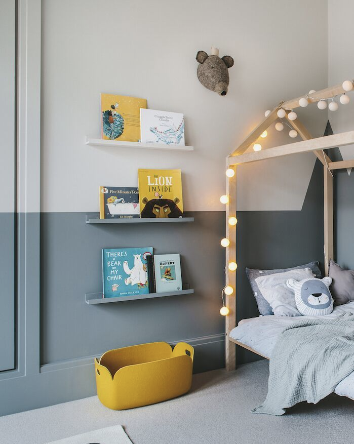 An enchanting boy's room in grey and yellow - Paul & Paula