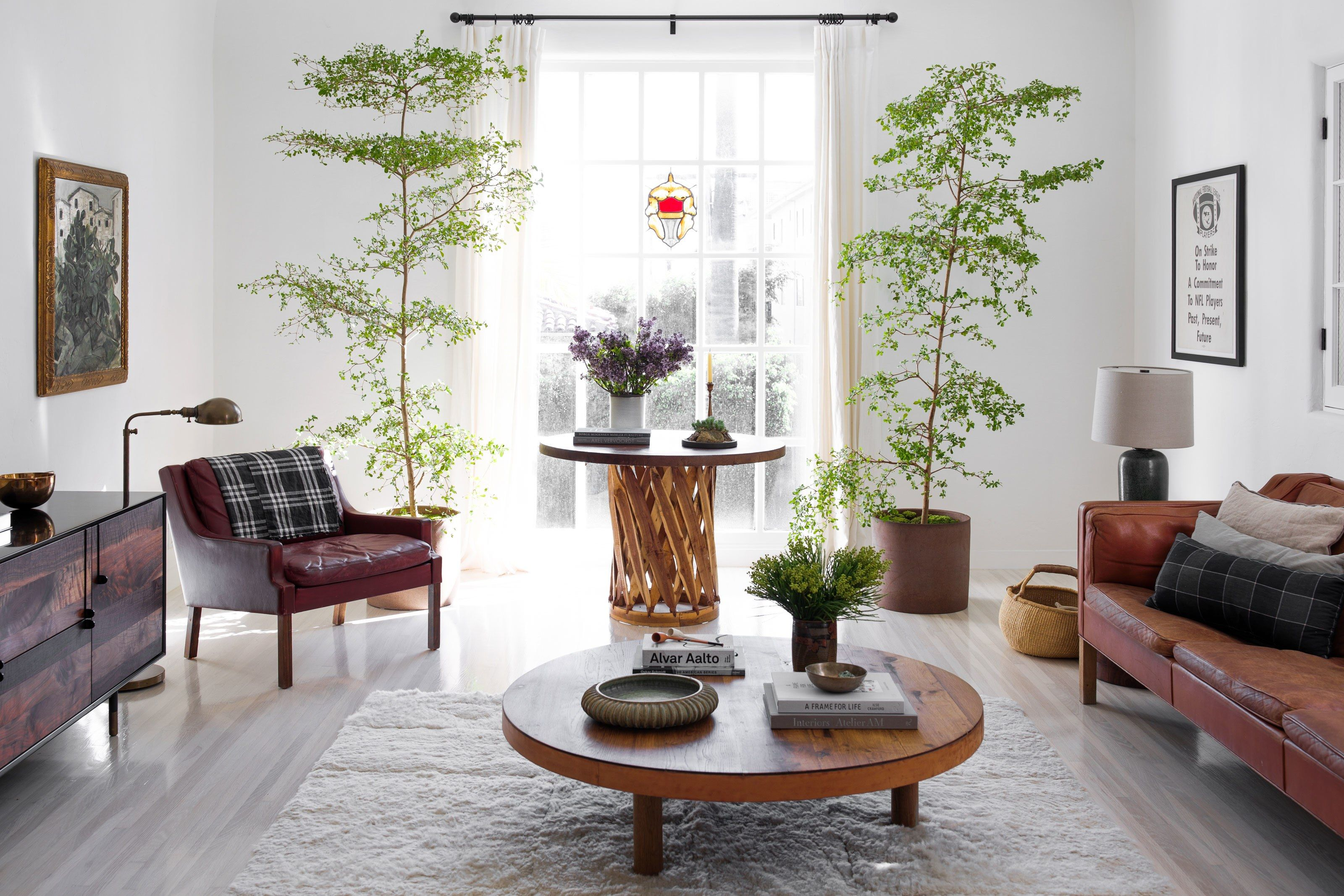 Wohnzimmer Trends ~ A stunner of a hollywood home to remind you that trends fade but
