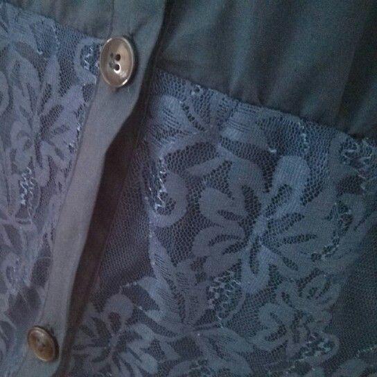 ¡Para este invierno queremos encaje! Nos encanta el detalle de la camisa Jane :)  http://www.bluedaleshop.com/producto/camisa-jane