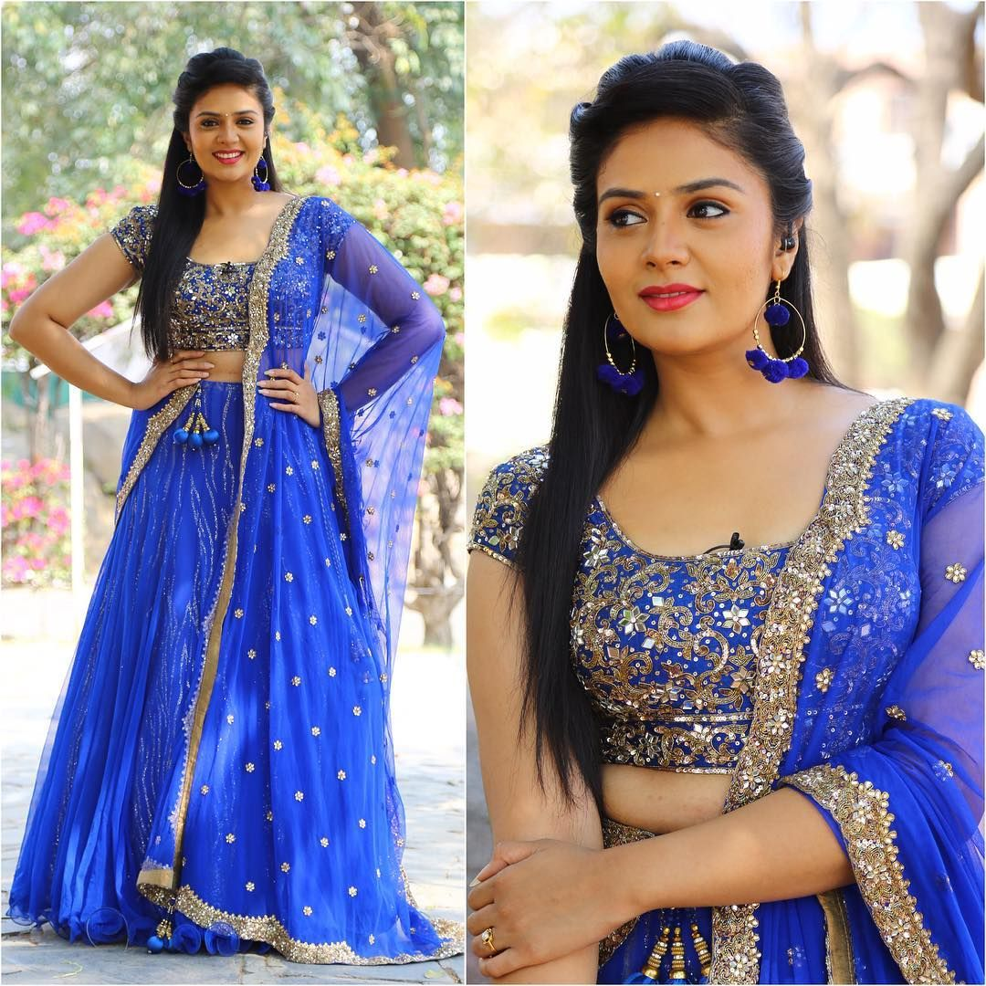 Sreemukhi Profile Height Weight Age Family Biodata Remuneration Indian Wedding Outfits Couture Outfits Fashion