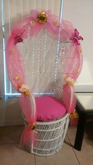 Silla decorada para baby showers y quincea eros fiesta for Silla quinceanera
