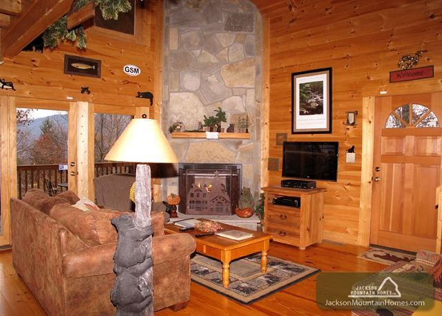Bear Country is a beautiful log home in a peaceful, wooded setting offering the ultimate vacation with all of the the peace and privacy that you have been longing for.
