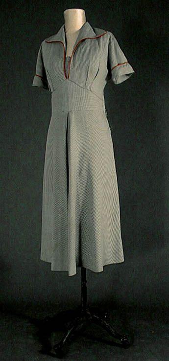 Le costume féminin dans les années 40