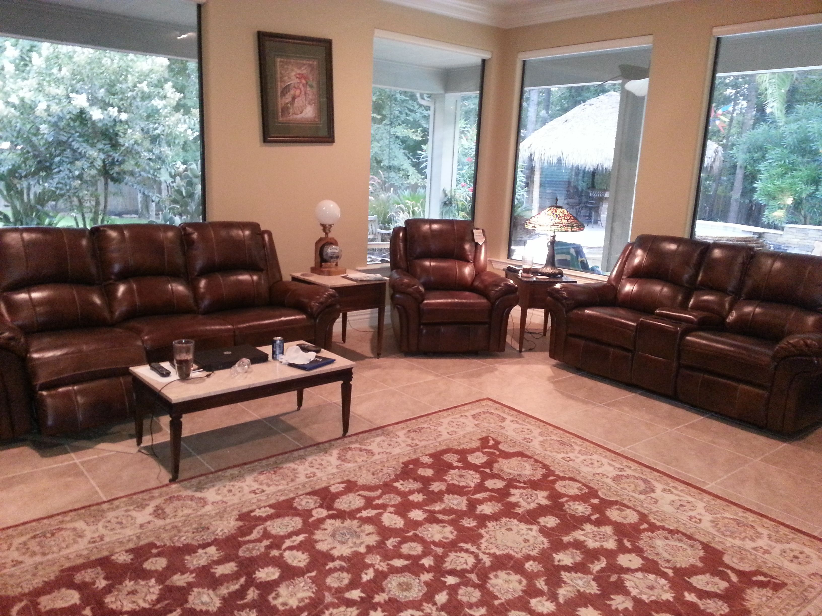 A magnolia tx family fell in love with this flexsteel dandridge living room set from gallery furniture houston tx