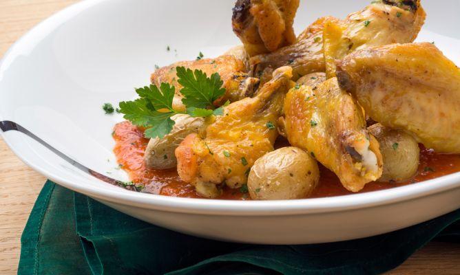 Receta de karlos argui ano de alas de pollo asadas en el - Platos de pollo faciles ...