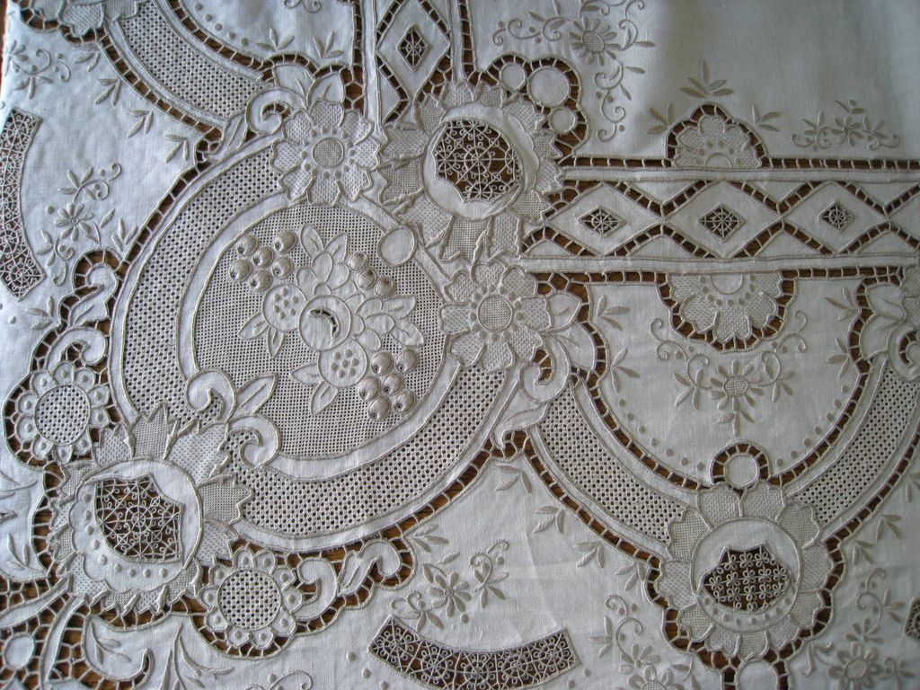 Vintage madeira linen embroidery tablecloth quot