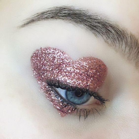 Glitter Heart Eye Makeup Creative Makeup