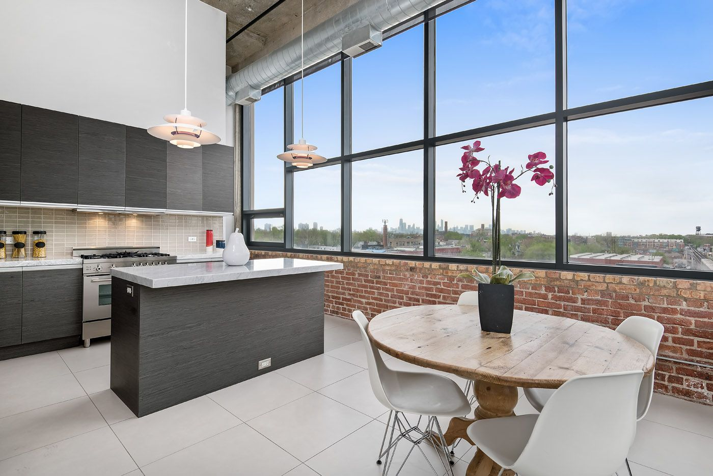 North Center 2 Bedroom Unit Offers Quiet Residential Living And Amazing Cityscape Views Un White Quartz Countertop Floor To Ceiling Windows Gorgeous Kitchens