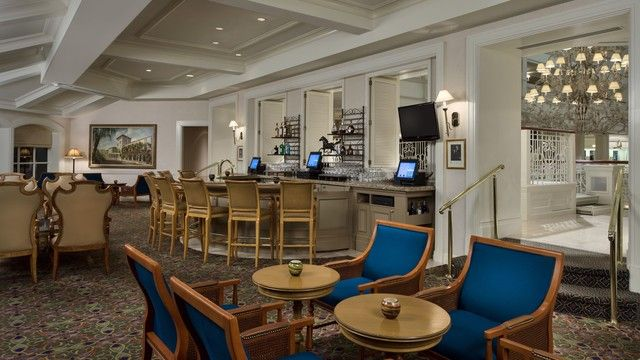 As much as we'd like a trip to Walt Disney World to be all play, sometimes the career gets in the way.After begrudgingly pulling out your laptop or tablet, you realize the last place you want to be is cooped up in your hotel room.Where else c