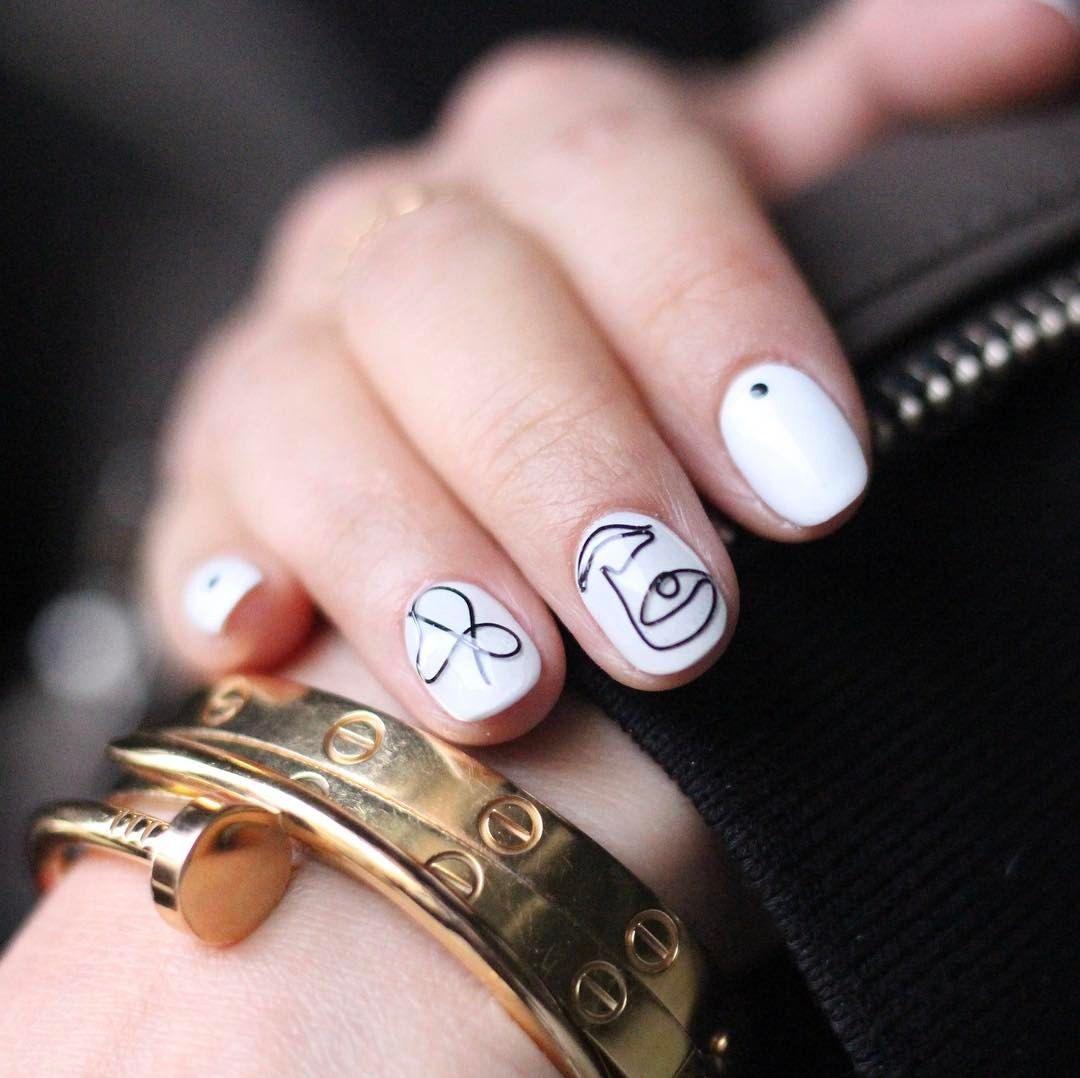 [#유니스텔라트랜드✨]  #오늘네일뭐하지?  #와이어네일 #풀컬러네일 #스톤네일 #트렌드네일  #화이트베이스 라 #눈 에 #확들어와요😘  #wirenails #fullcolornails #stonenails #trendnails  #unistella #daily_unistella #daily_uninails #NOTD💅🏻 ✔유니스텔라 내의 모든 이미지를 사용하실때 사전 동의, 출처 꼭 밝혀주세요❤