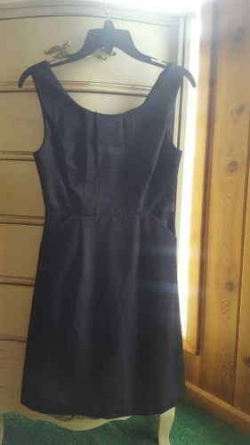 The limited dress LBD EUC sz 0 https://t.co/loLbOXkC33 https://t.co/loLbOXkC33