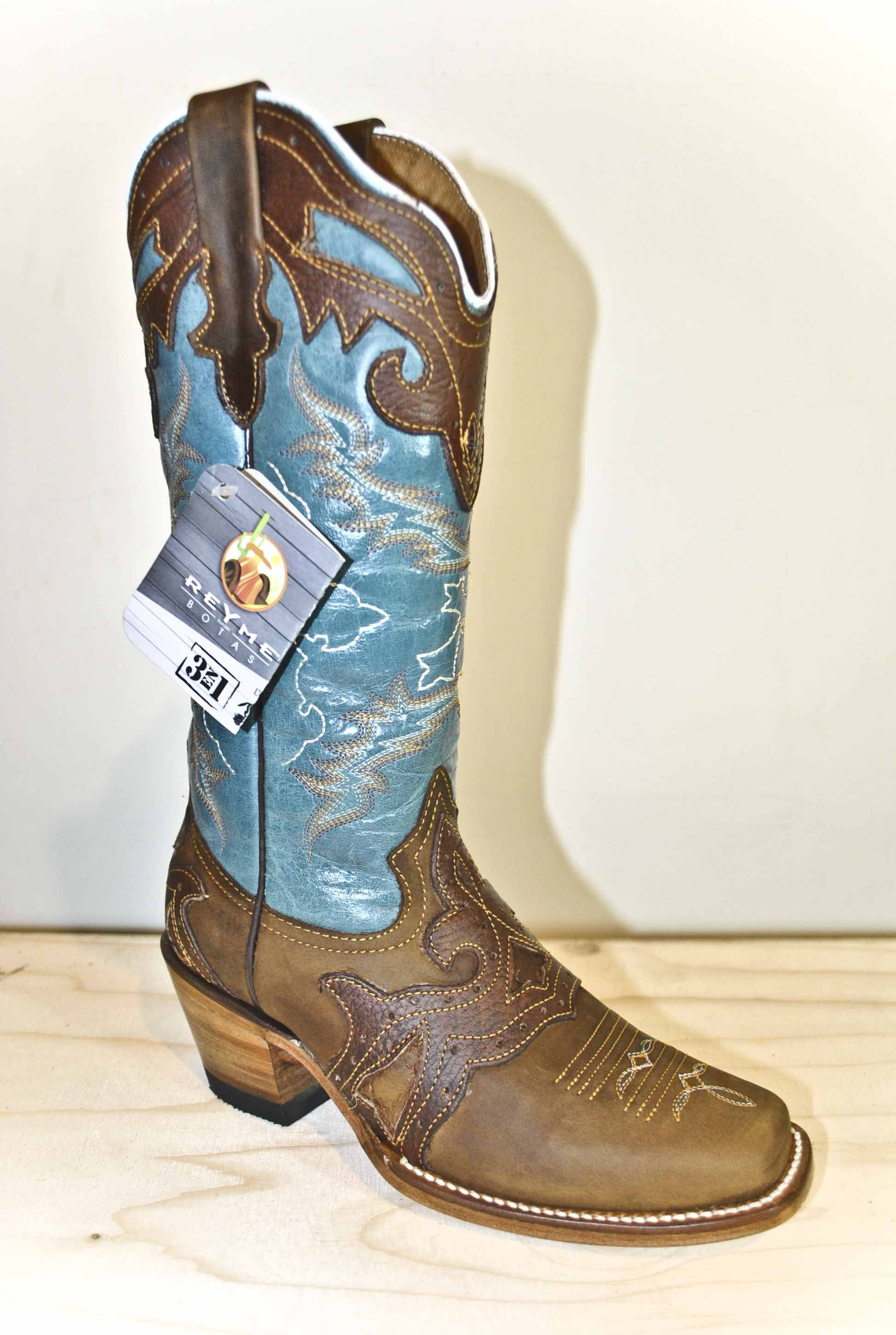 a09096b8cd7 Botas Reyme I think i am in love!!!!   These boots were made for ...