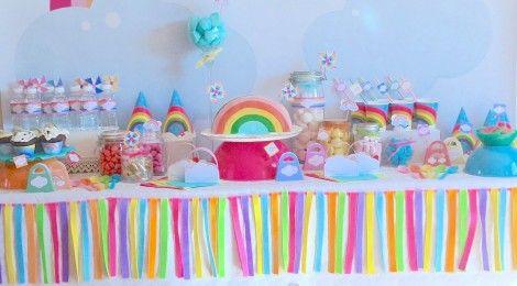 la sweet table d co d 39 anniversaire arc en ciel les photos anniversaires ballon et licornes. Black Bedroom Furniture Sets. Home Design Ideas