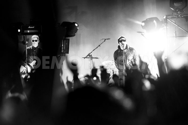 Liam Gallagher and Beady Eye performs live in concert in Pistoia part2