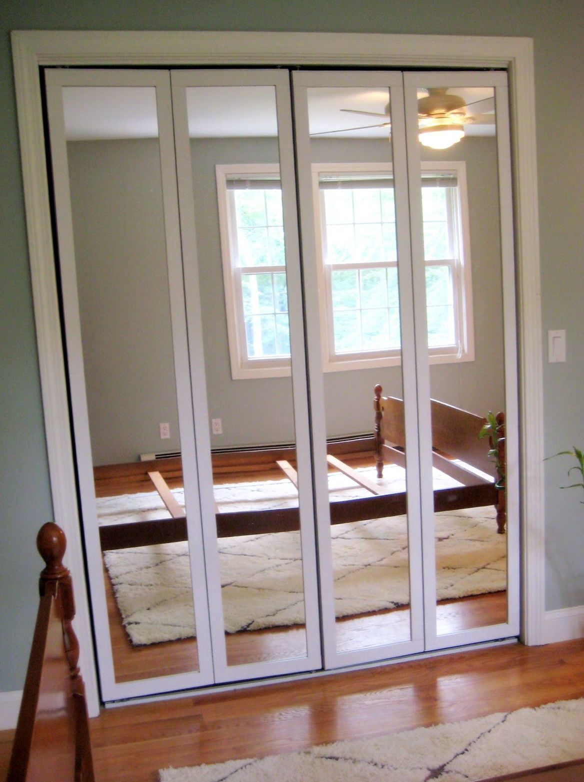 Mirrored Folding Closet Doors. Do you think Mirrored