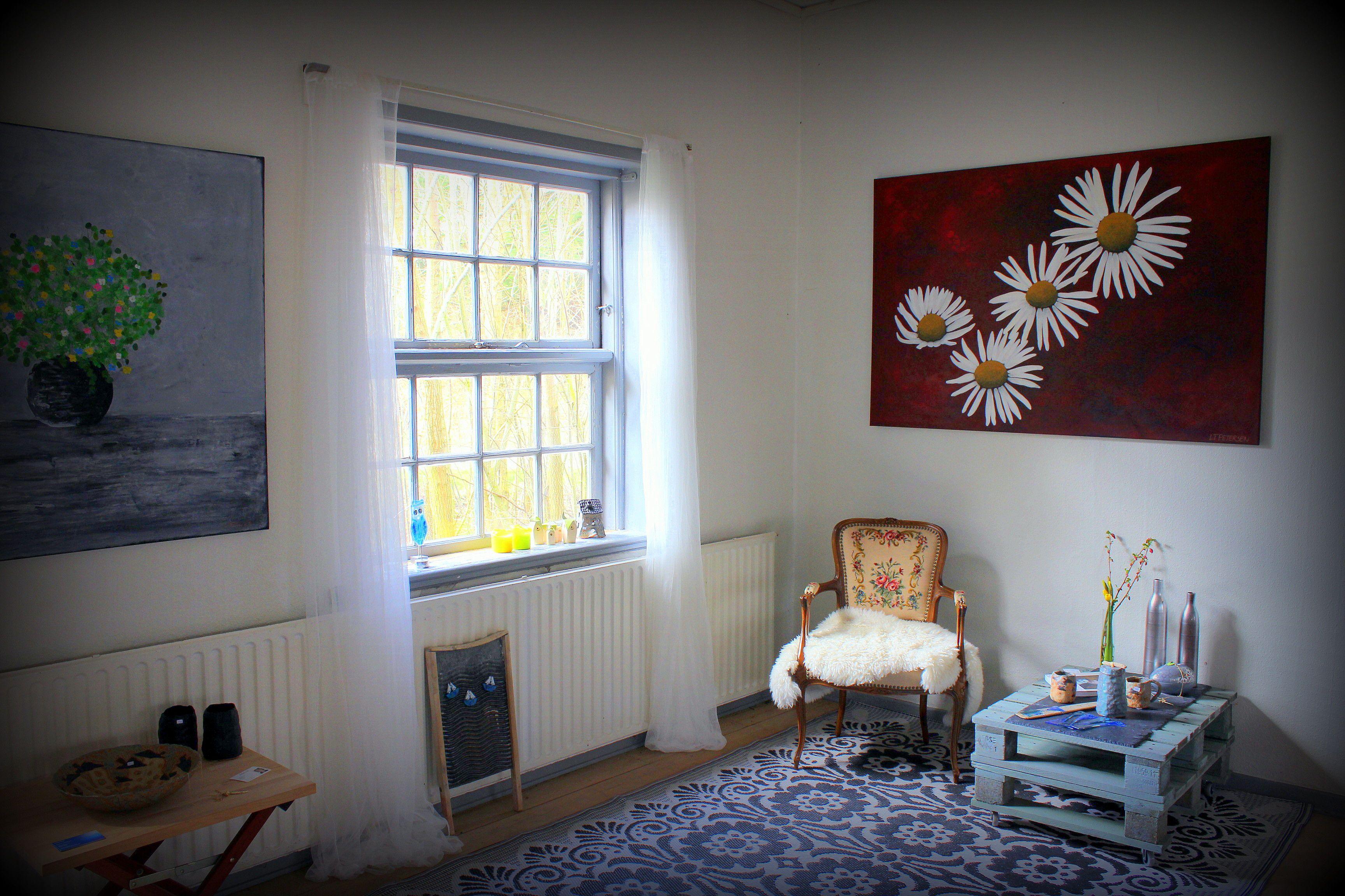Hyggeligt foto fra udstilling Et foto fra Påskeudstilling på Hjedsbæk Kro 2015 Flower painting
