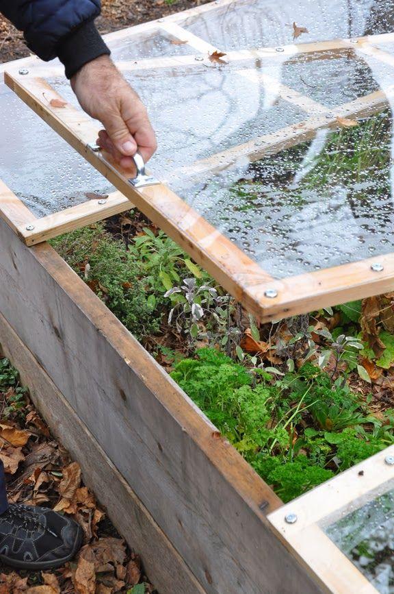une id e de ch ssis d montable facilement jardiner malin faire un potager pinterest. Black Bedroom Furniture Sets. Home Design Ideas