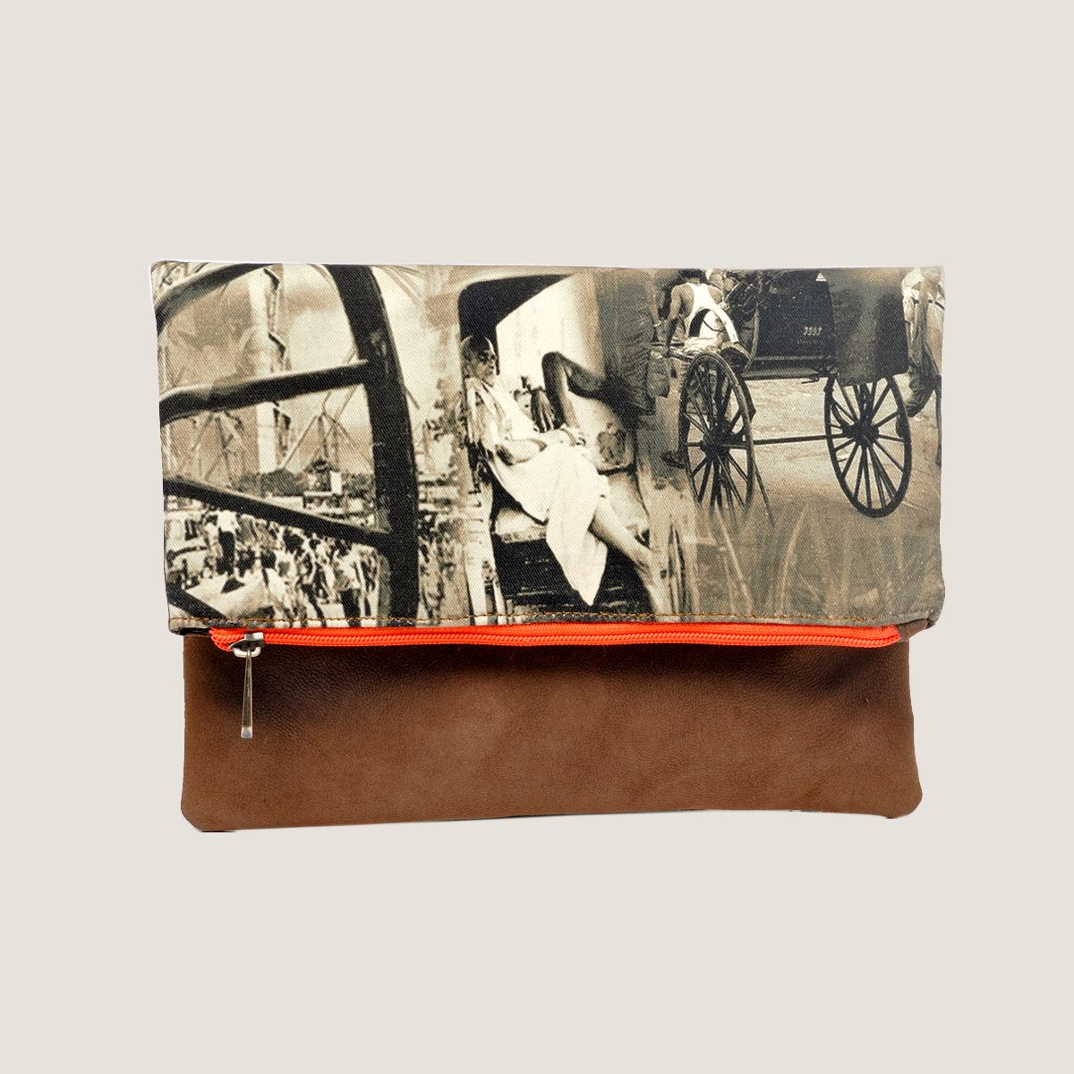 Folded Haathrickhsaw Clutch - 11 Main
