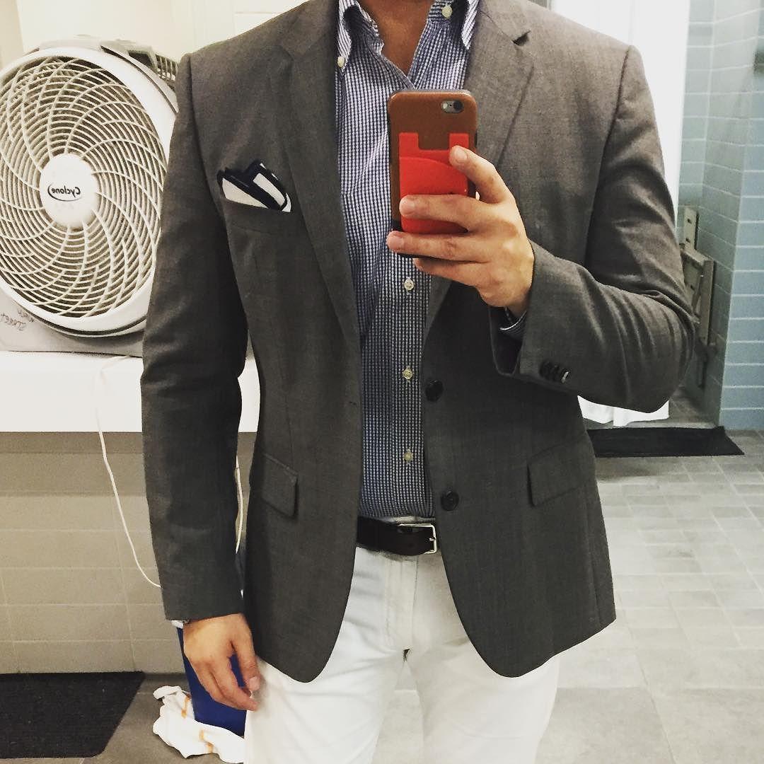 The answer for early morning meetings is: The casual look #casuallook #dapper #dappermen #dapperman #GQ #GQego #style #menstyle #gqstylehunt #freshstyle #outfit #ootdmen #mystyle #mensootd #menstyle #menswear  #streetstyle #beautifulmenswear #fashionblogger #mensfashionpost #dandy #mensclothing #instafashion  #Gentleman #hugoboss #massimodutti #myoutfit #todaysoutfit by jisraelcabral