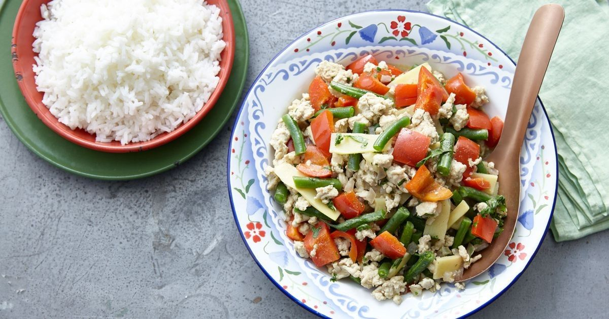 Thai chicken mince green curry | Recipe | Green curry ...