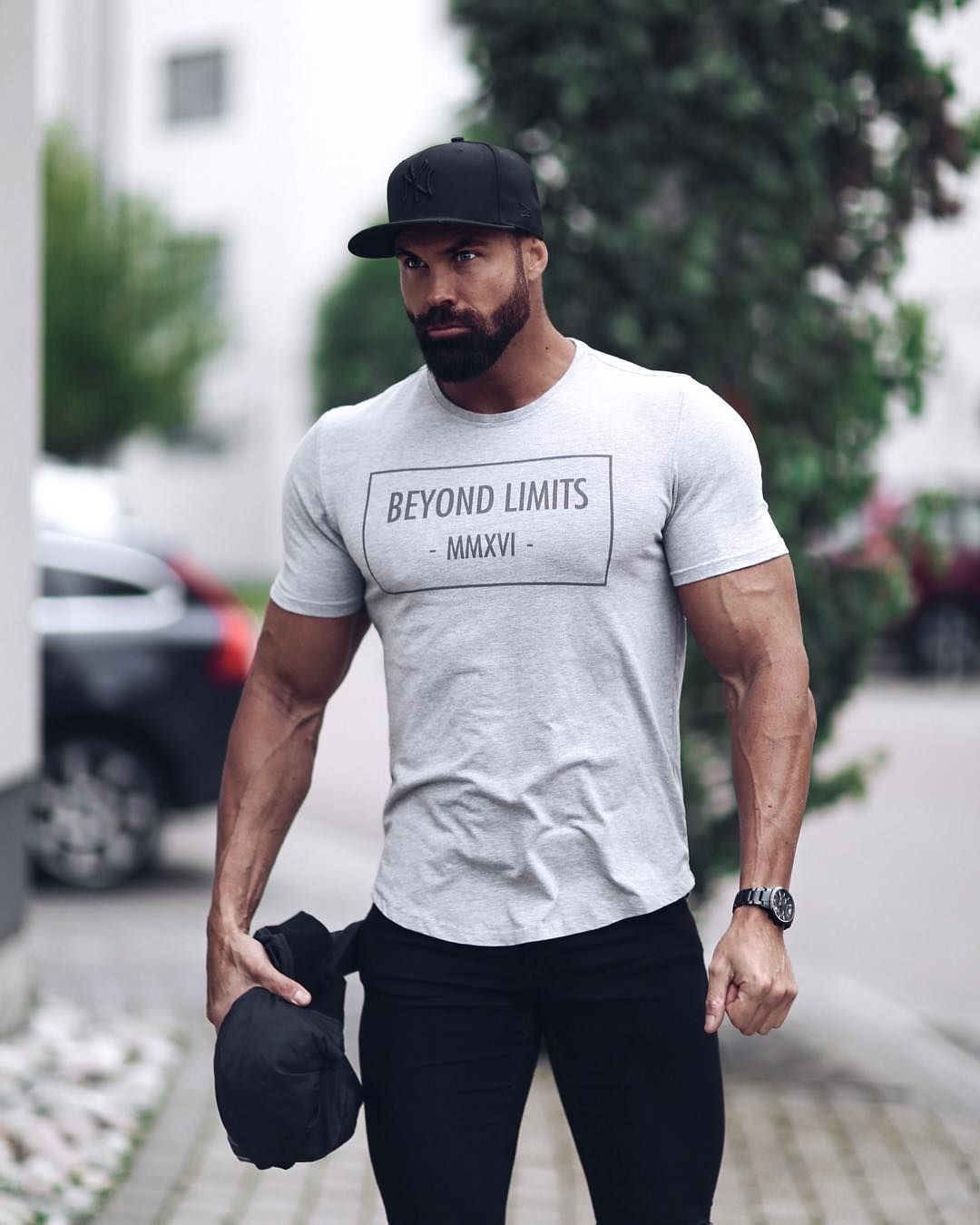 "ANDREAS LINDER on Instagram: ""Gymwear meets streetwear. This week they have  20%OFF @beyondlimitscom #beyondlimits #dontbeaverage"""