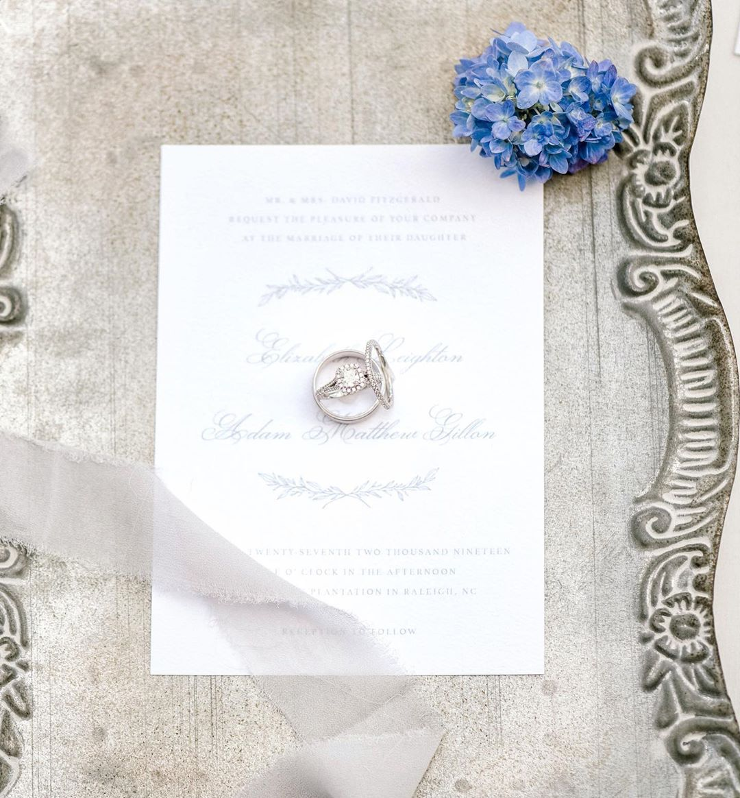 Custom invitations helps set the tone for your wedding. Your wedding invites are your guests' first interaction with your wedding and this is a perfect opportunity to set the tone of your celebration. Will it be intimate and bohemian? Or elegant and grand? Modern and trendy? Or timeless and classic? ✨Photographer | @crown_photography8 ✨Planning | @weddingsbytiffany ✨Venue | @pemberleyplantation ✨Floral | @florescence.design ✨Stationary | @empaper.co ✨Dress | @uniquelyubridal ✨Cake | @beautyandba