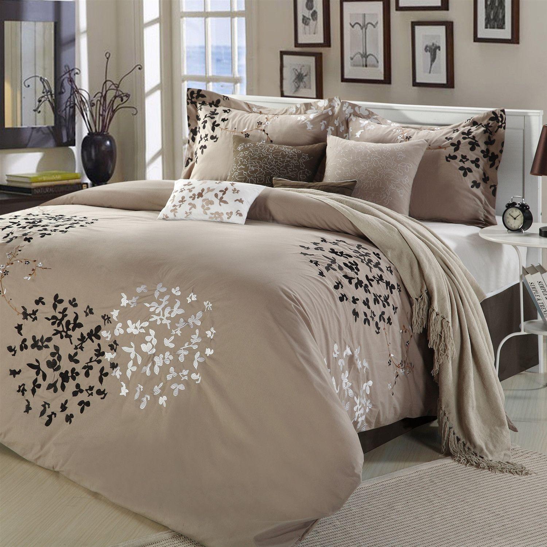 Queen Size 8 Piece Comforter Set In Light Brown Black Tan White