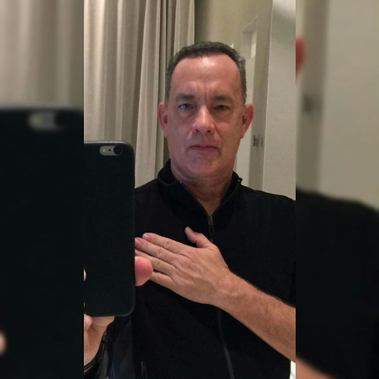 Tom Hanks Team On Instagram King Of Selfies Mr Tomhanks