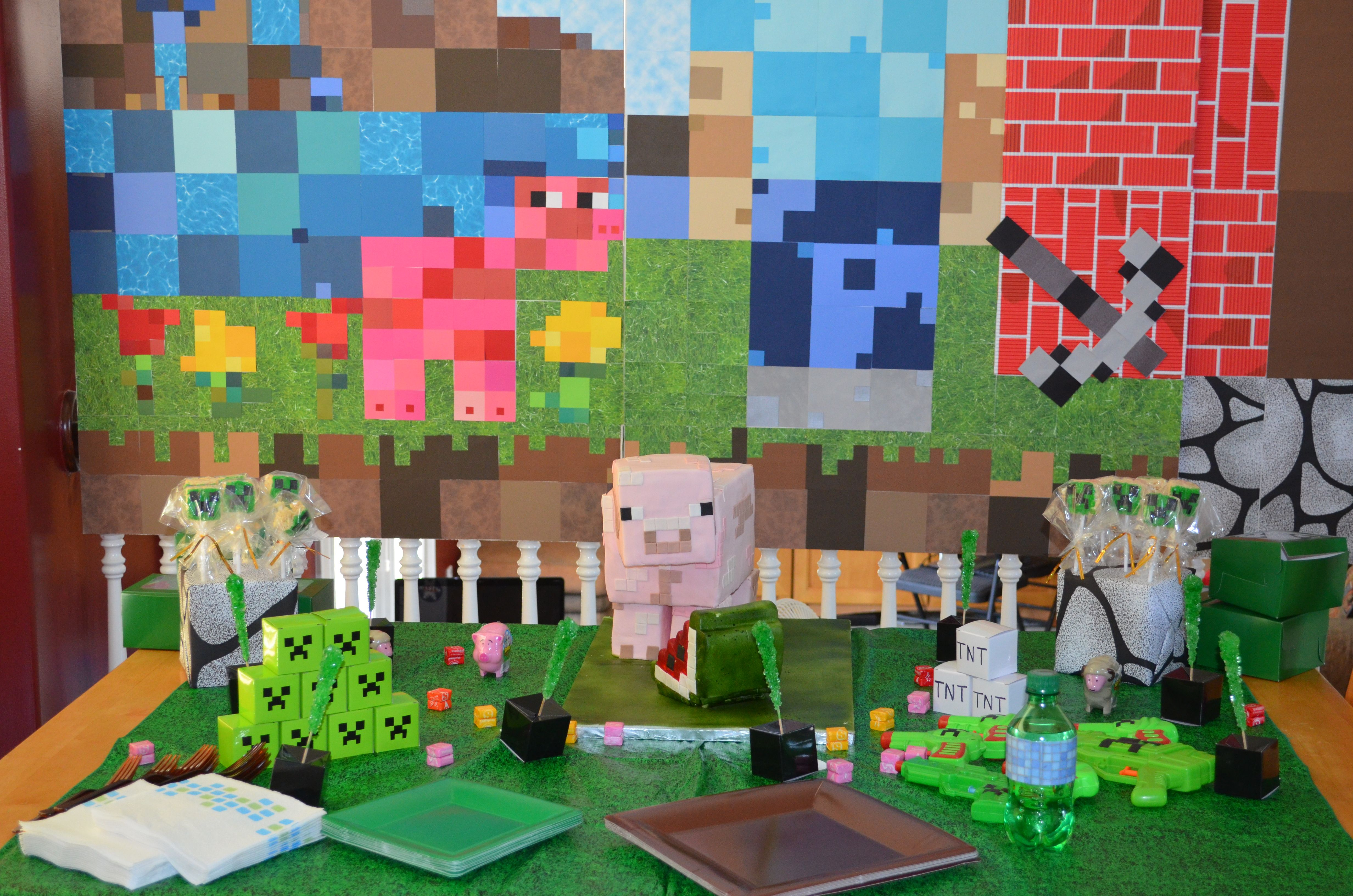 Minecraft Party Decorations