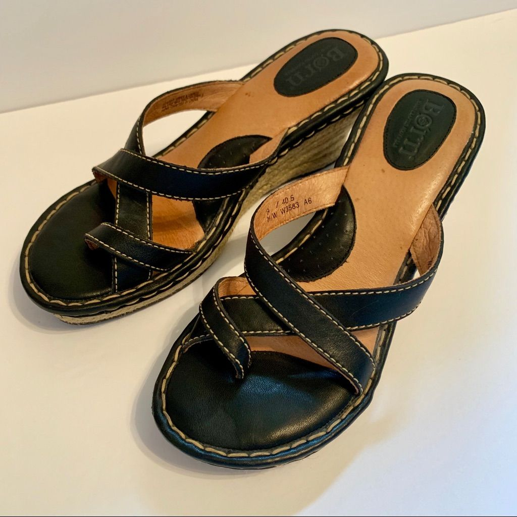 Born Shoes | Like New Born Black Wedge Sandal Size 9 | Color