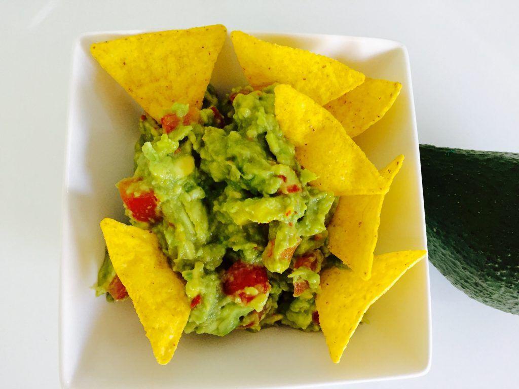 Guacamole Recipe: A Fiesta of Color and Taste In Every Bite