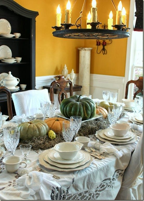 Thrifty Tablescaping 101 (Pt. 4): Simple Autumn Allure  From: lanaseuropeanvintage.com