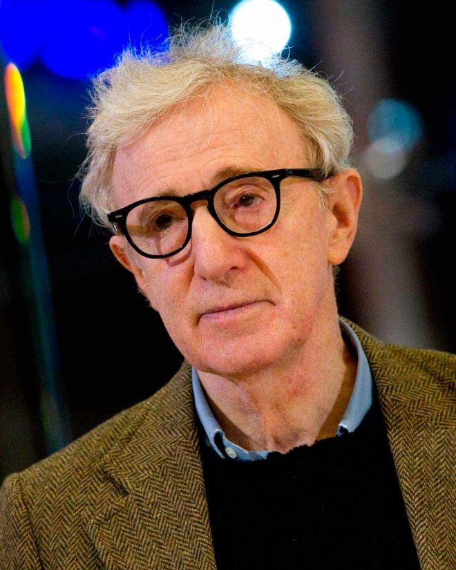 80 años de #WoodyAllen, la máquina de hacer cine. El director ...