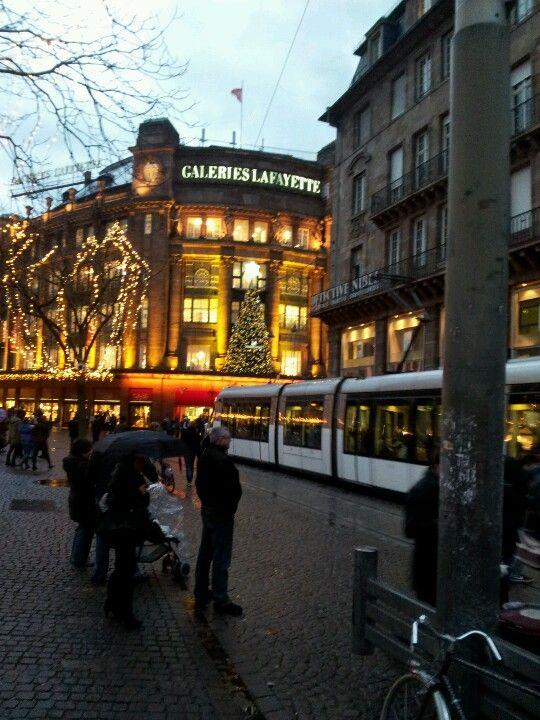 Galerie Lafayette Place Kleber Strasbourg 27 12 12 Balade