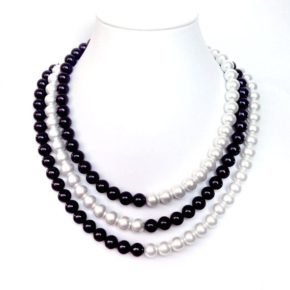 Pearl necklace and earrings shell seed beads Black 14 mm