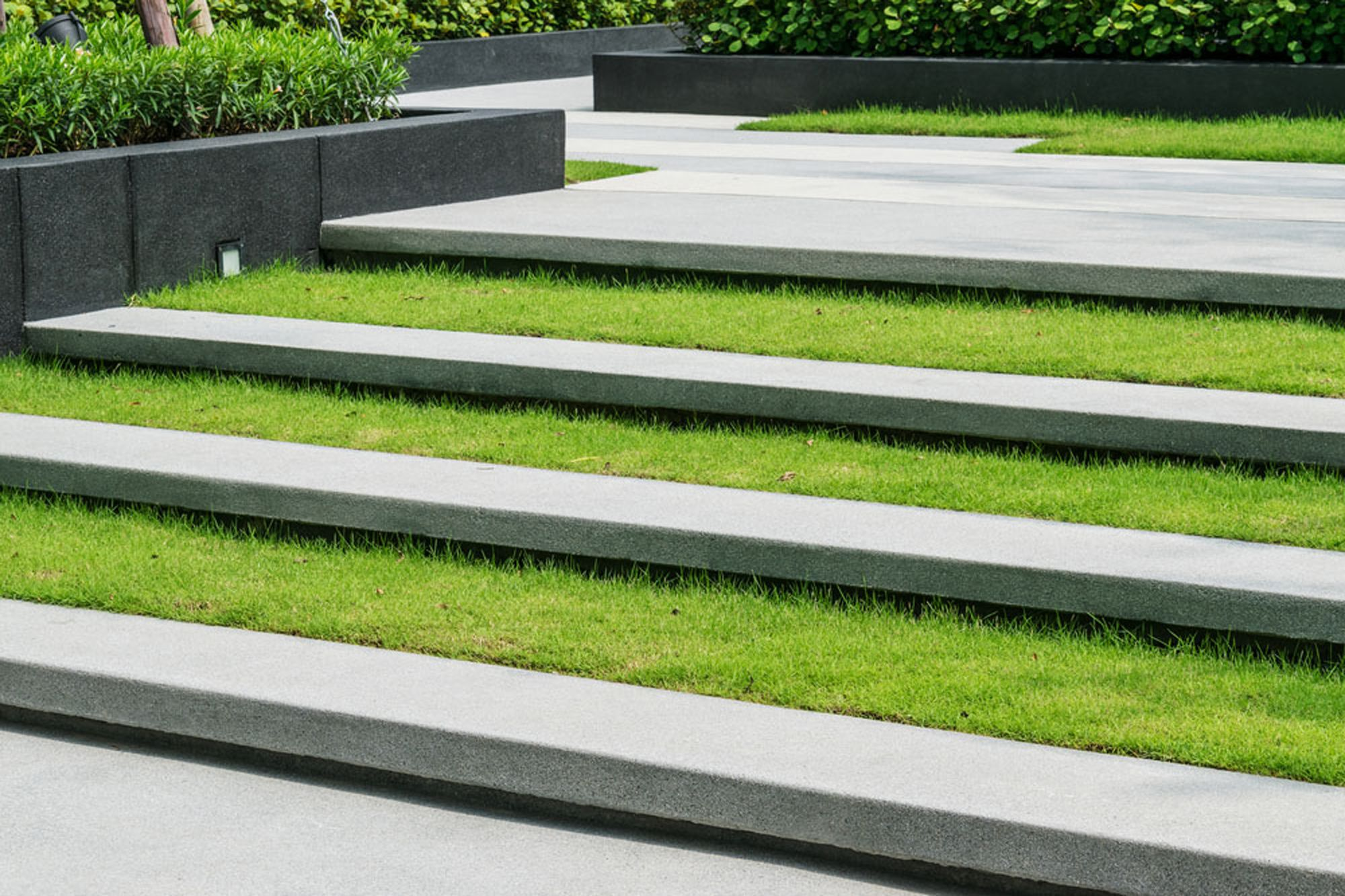 Granite stone grass steps 03 grass planing pinterest for Landscape stairs design