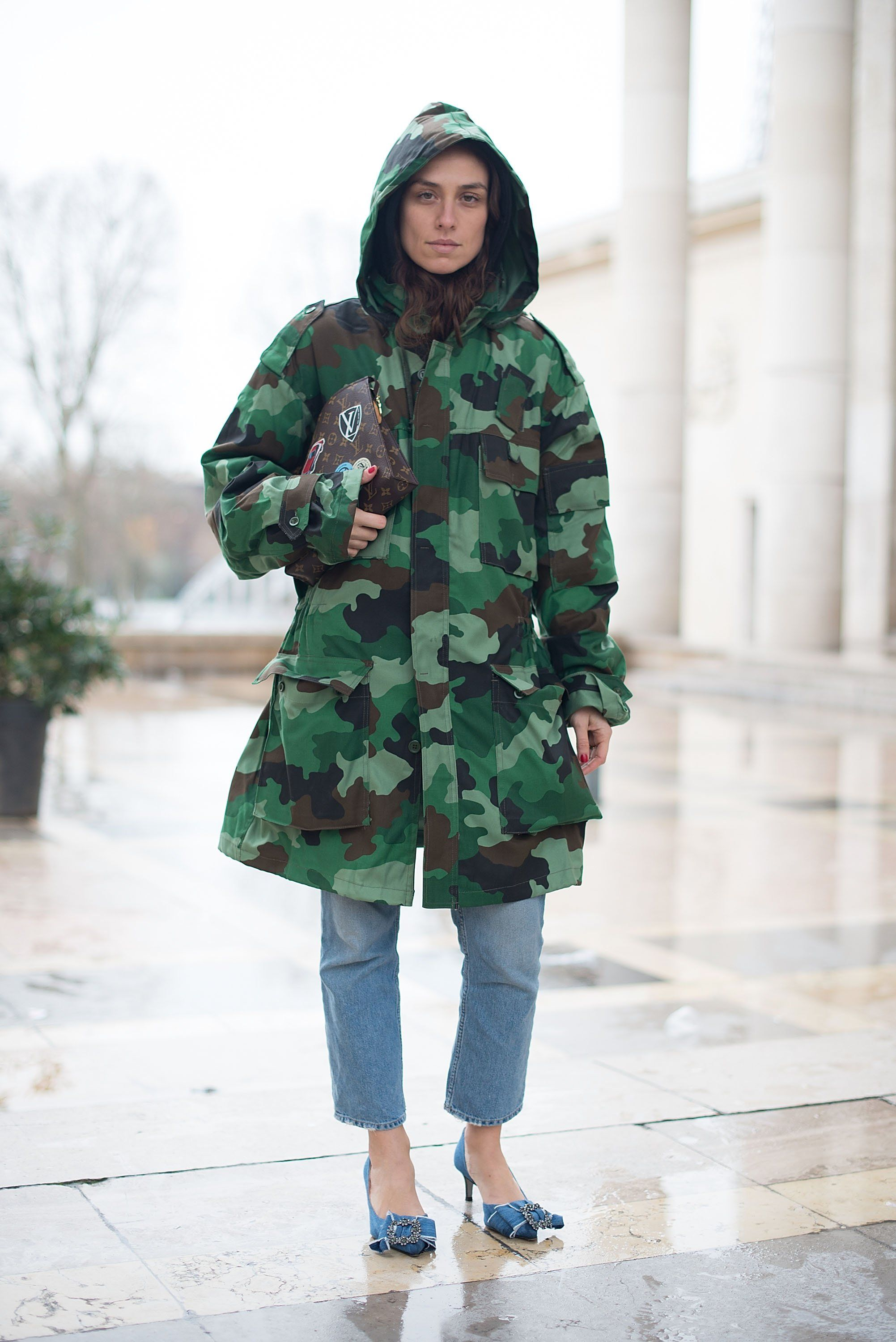 How to camouflage a wear print jacket photo