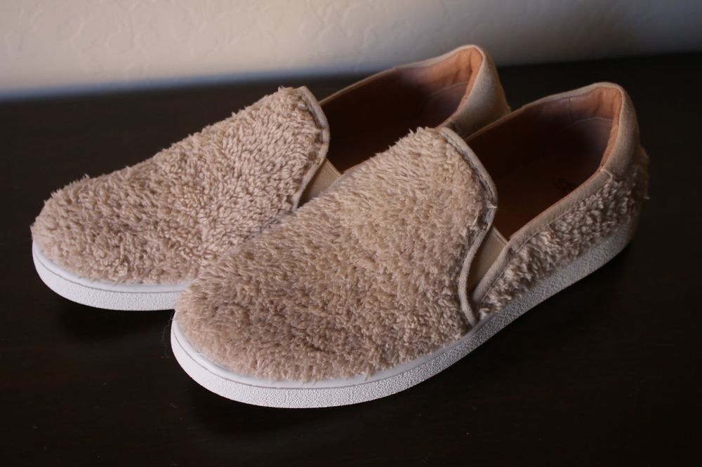 1945a92f13 UGG Women s Ricci Tan Natural Sneaker Slip On Fuzzy Shoe 1019659 Size 9.5  NOWB  UGGAustralia  SlipOn