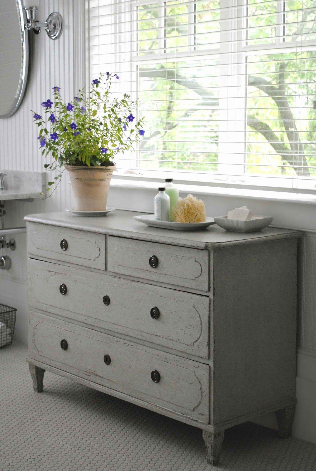 dresser under window | bedroom | pinterest | klassisch, badezimmer, Hause ideen