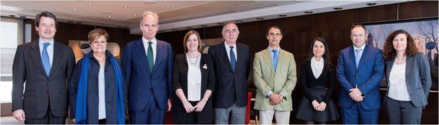 ASPAYM Castilla y León galardonada por la Fundación Caser en los Premios Dependencia y Sociedad http://revcyl.com/www/index.php/sociedad/item/7778-aspaym-castilla-y-le%C3%B